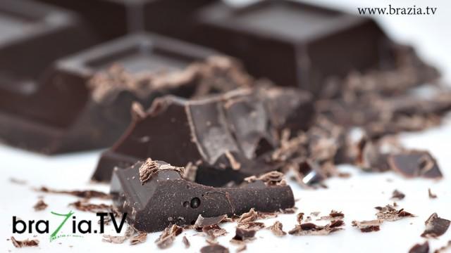 Comer chocolate amargo mantém os médicos longe de você