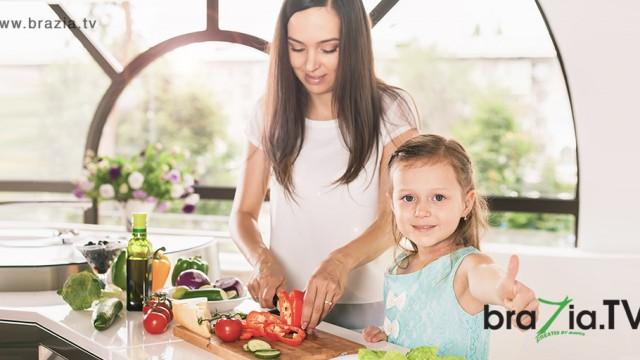 Como fazer com que seus filhos passem a gostar de alimentos saudáveis